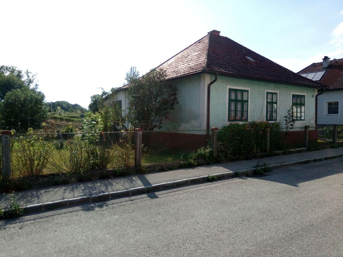 Schnäppchen Sanierungsbedürftiges Wohnhaus mit     Ybbszugang (Amstetten)